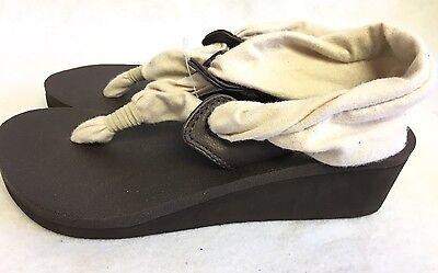 Sanuk Yoga Slinget Brown SWS10789 Women/'s Sandel Slip On Yoga Mat Cushioning NEW