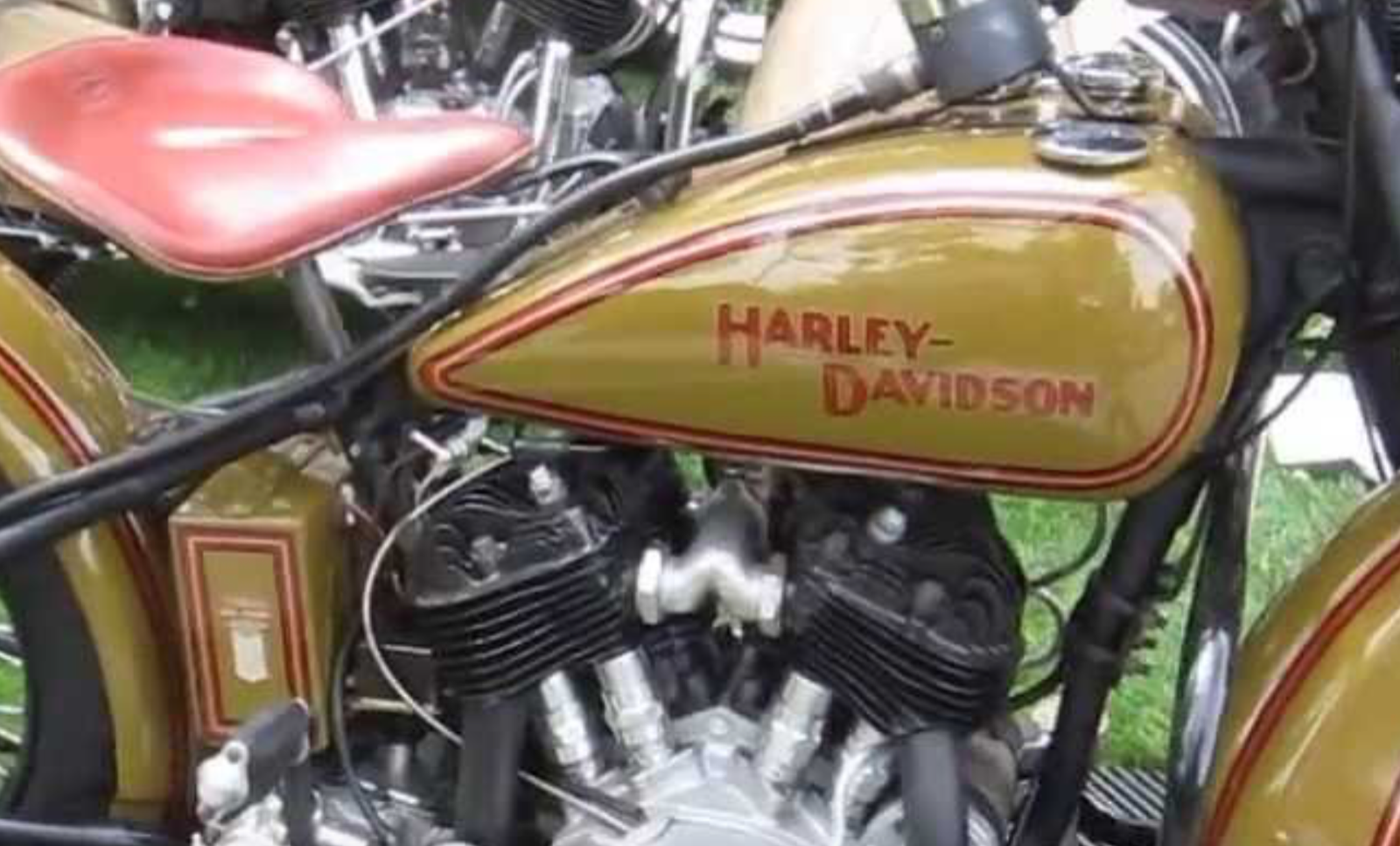 Set of 2 Style 14 Harley-Davidson Fuel Tank Motorcycle Decals