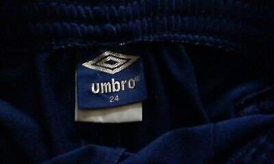 Vintage 80s Umbro childs shorts (size24) 3