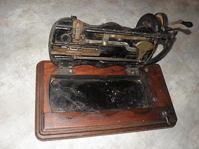 ANTIQUE SEWING MACHINE singer old Hand Crank TOOLS vintage century iron 3