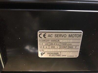 New Ac Servo Motor Yaskawa Electric Sgmgh-44Aca-Am12 In Box