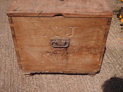 Antique  Rustic  Chest / Bedding  Box 7