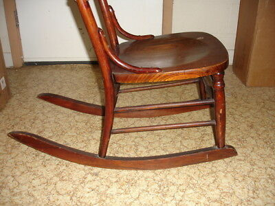 Beautiful Antique Wooden Rocking Chair 10
