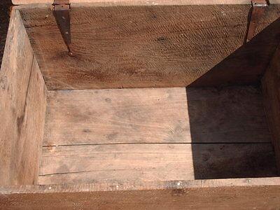 Antique  Rustic  Chest / Bedding  Box 8