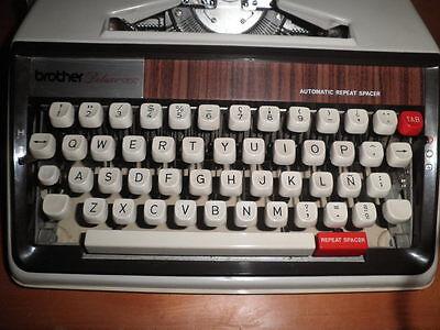 Maquina De Escribir Vintage Brother De Luxe 1350 Automatic Repeat Spacer  Funda 8