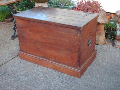 Large Antique  Pine  Chest / Bedding  Box 3