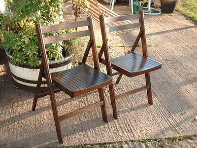 A Pair Of  Vintage  Shabby  / Rustic  Folding  Chairs 3