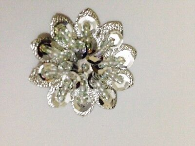 36mm Approx In Size Applique Pack Of 5 White MOP Beaded Flower Motifs Xmas