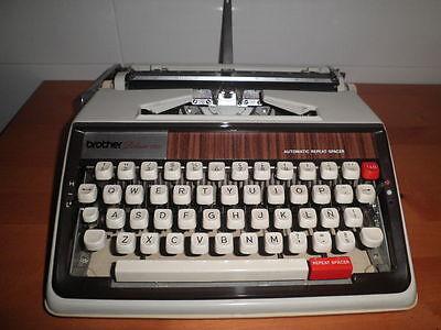 Maquina De Escribir Vintage Brother De Luxe 1350 Automatic Repeat Spacer  Funda 7