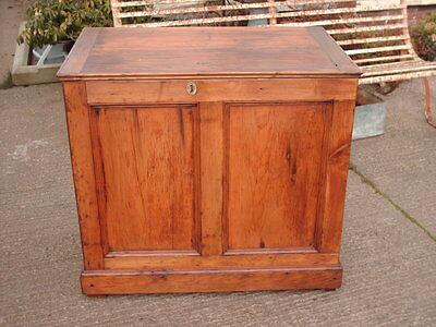 Victorian  Rustic  Pine  Coffer /  Chest / Bedding  Box 2