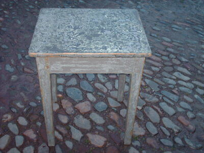 Antique Rustic Pine Painted Side Table 9