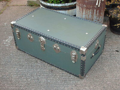Vintage Travel  Chest / Trunk 4
