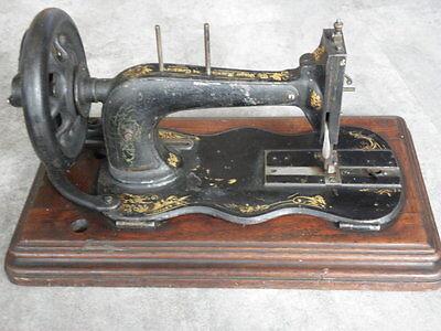 ANTIQUE SEWING MACHINE singer old Hand Crank TOOLS vintage century iron 5