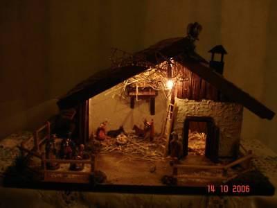 Weihnachtskrippe Bauen.Bauanleitung Für Eine Weihnachtskrippe Krippen Bauen Weihnachten Bastel Geschenk