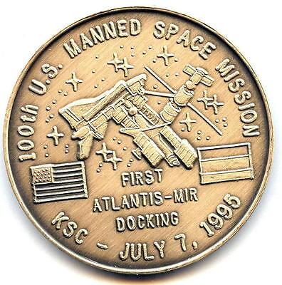 N115      NASA  SPACE SHUTTLE   COIN ATLANTIS MEDAL STS-115