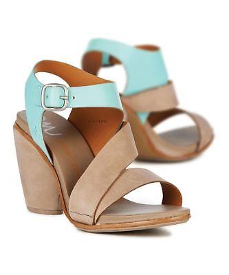 Leather uppers BNIB Size 4 Emu Australia 'Atherton' Block Heel Sandal