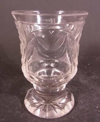 Biedermeier - Becherglas mit Schliffdekoration. Böhmen, um 1850. 4