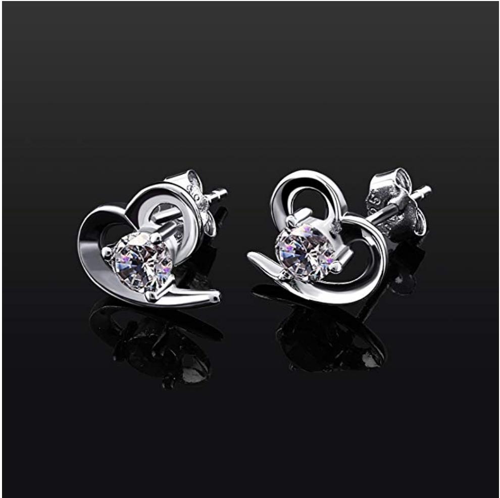 Orecchini da donna con cuore in argento 925 con zircone al lobo 2