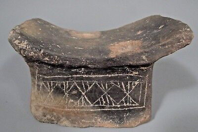 Ecuador Ecuadorian Guangala Culture Pottery Incised Decor Head rest ca. 500 AD 2