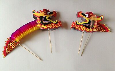Traditional Chinese accessory set - blue parasol & fan and 2 concertina dragons 7