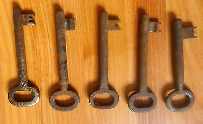 vintage iron metal skeleton rusty key keys house supplies rustic door lock 2