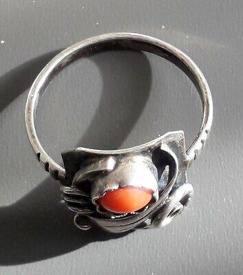 Hübscher Antiker handgearbeiteter 835er Silber Ring mit Koralle (j4) 7