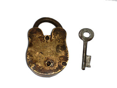 A Fantastic Vintage very Old genuine Brass made Padlock Lock + 1 Key from India 5