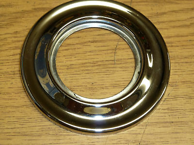 VINTAGE Kwikset DOOR ESCUTCHEON 1333 fin: CHROME 2