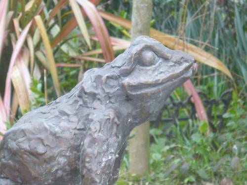 Bronze Leaping Frog Bronze Frog fountain sculpture 3