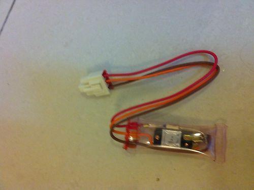 Lg Bi-Metal Defrost Sensor Thermostat Thermal Fuse 3 Wire 6615Jb2002A 0604