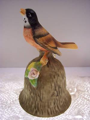 PORCELAIN BISQUE BELL Songbird on Bark NIB *FREE USA SHIPPING