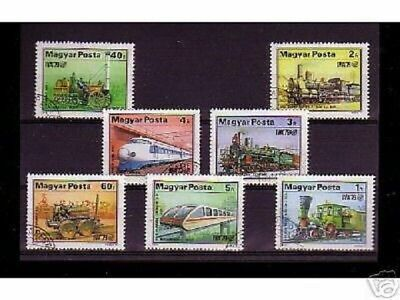 0832++Hongrie   Serie Timbres Trains