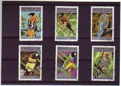 1736++Guinee   Serie Timbres  Oiseaux  N°2