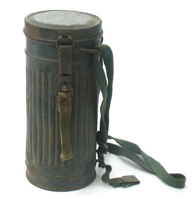 WW2 GERMAN GAS MASK TIN MILITARY CANISTER CONTAINER *