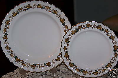 Spode China England - Ardsley - Bread & Salad Plate Duo