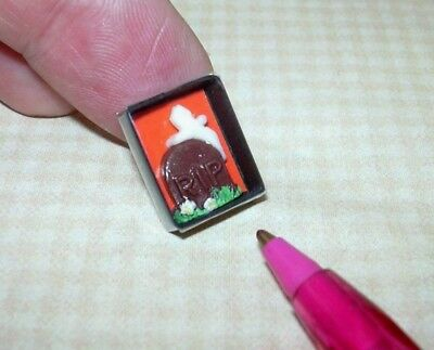 DOLLHOUSE Miniature Lola Packaged Chocolate Cupcakes w//White Icing Loops 1:12