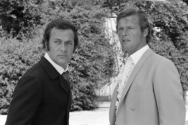 The Persuaders Roger Moore Tony Curtis 8X12 Photo