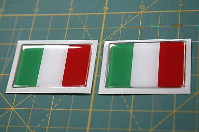 2 DOMED ITALIAN FLAGS with a chrome outline 50mm X 35mm