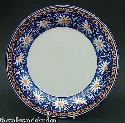 TWO Staffordshire Tableware Daisy Fields Pattern Large Size Dinner Plates 26cm