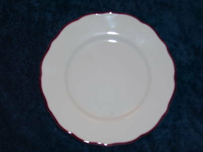 "Syracuse China WHITE RED LINE SCALLOPED * 7-1/4"" Plate"