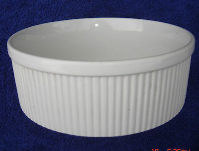 HALL CHINA CARBONE LARGE WHITE SOUFFLE DISH RIBBED CASSEROLE 8-inch x 3-inch