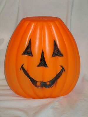 Vintage Halloween Lighted Jack O Lantern Blowmold Light