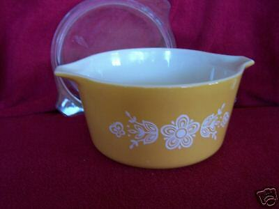 Butterfly Gold Pyrex one quart Round Covered Casserole