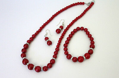 Short Pearl Necklace 45 cm with free bracelet and earrings (RED)
