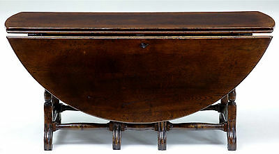 ENGLISH MADE BERGANZA LEG OAK GATELEG COFFEE TABLE