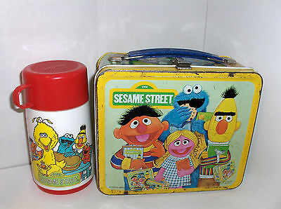 Sesame Street-With Big Bird`1979`Muppets Inc..Metal Lunchbox & Thermos.Free 2 US