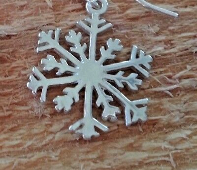Sterling Silver 20x15mm Bright Detailed Snowflake Charm
