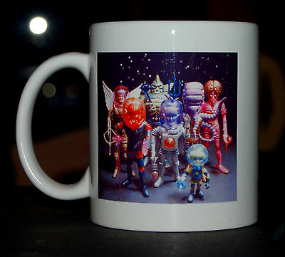 COLORFORMS OUTER SPACE MEN OFFICIAL FAN CLUB COFFEE MUG COLOSSUS REX & TEAM SHOT