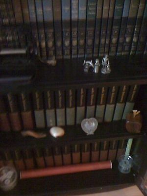 ENCYCLOPEDIA BRITANNICA 1979 COMPLETE Full Leather Set Gold Package