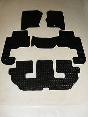 Land Rover Discovery 3 2004-2009 Fully Tailored Deluxe RUBBER Car Mats Black